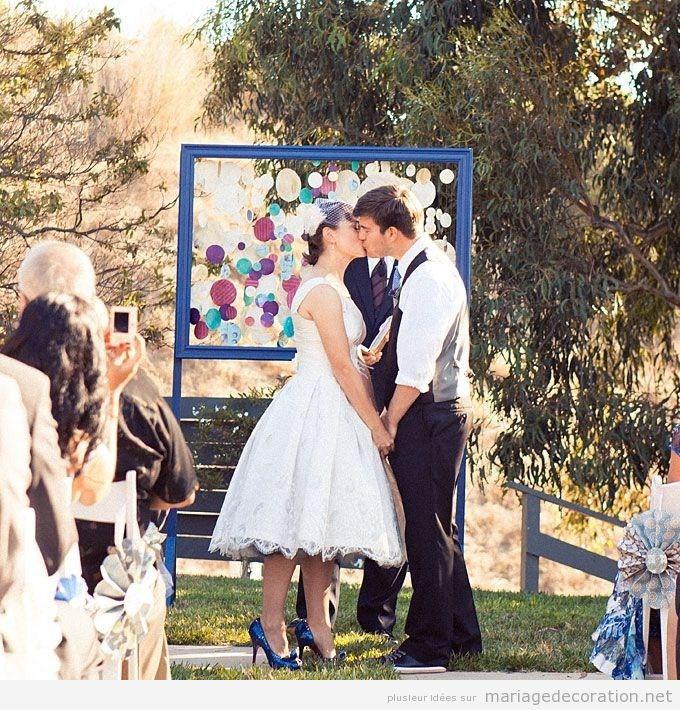 Autel originel et moderne pour mariage au jardin