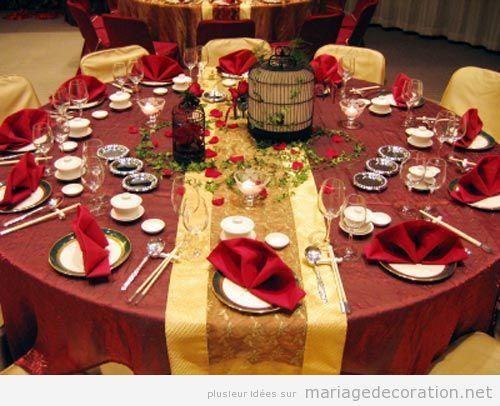 Décoration salle mariage sophistiqué en grenate et doré