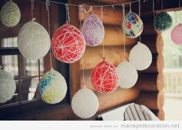 Déco mariage pas cher avec ballons entourés de fils