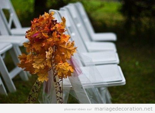 feuilles s ches pour d corer les chaises d un mariage en automne d coration mariage id es. Black Bedroom Furniture Sets. Home Design Ideas