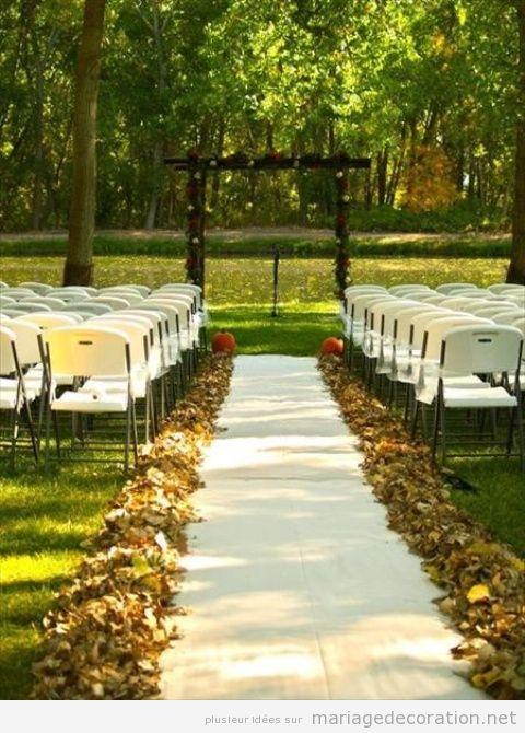 Décoration mariage au jardin en automne, feilles sêches