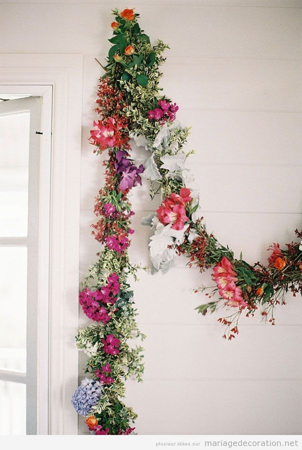 Guirlande fleurs pour décorer un mariage