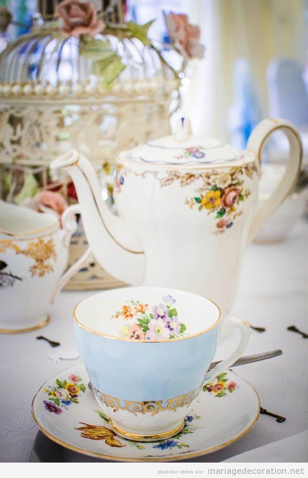 Idée déco mariage, tasse de thé et théière vintage