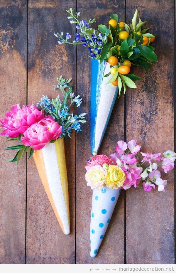 Déco mariage pas cher, cornettes en papier et fleurs au jardin
