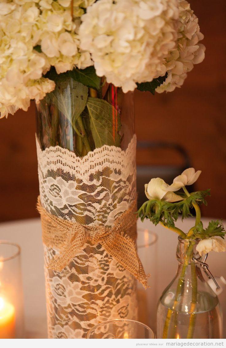 Vases et dentelles, idées pour décorer un centre de table vintage
