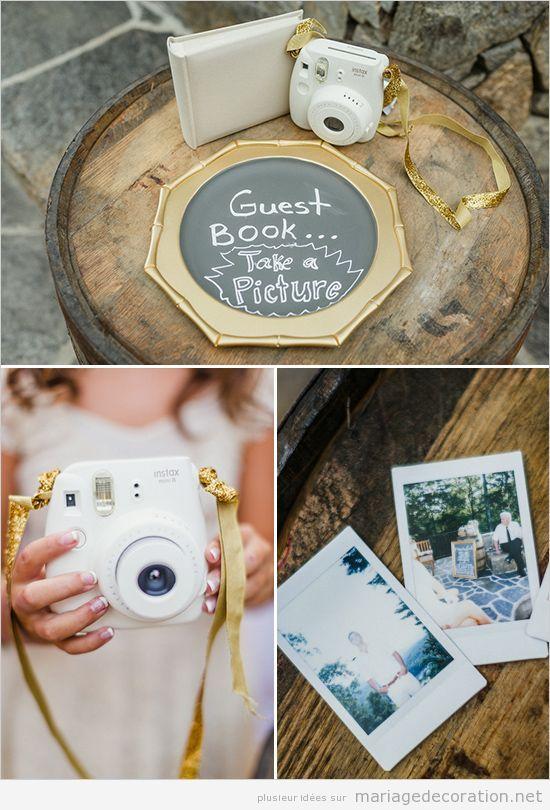 Appareil photo instantané au livre invites mariage