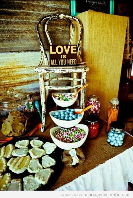 Décoration mariage, table de sucrés style vintage