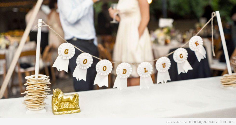 Ruban DIY pour décorer una table de mariage, bonne chance