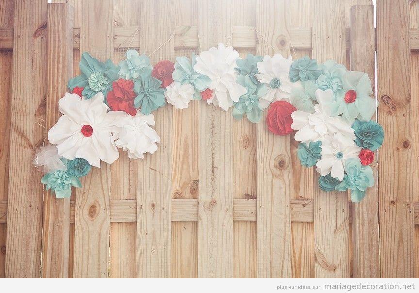 Couronne fleurs en papier pour décorer mariage