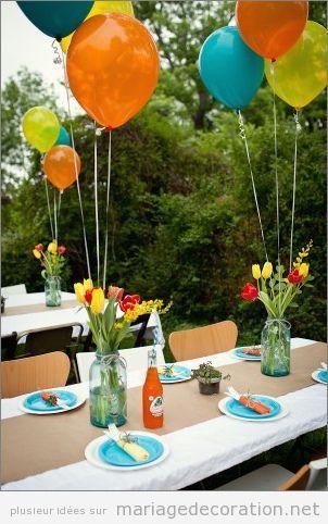 Idées décorer table mariage avec des ballons de hélium