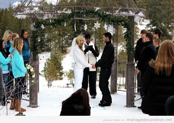 Idées célebrer et décorer céremonie de mariage sur la neige 2