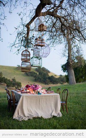 Décoration table mariage thématique oiseaux