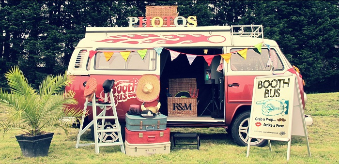 Idées photobooth mariage, camping car vintage