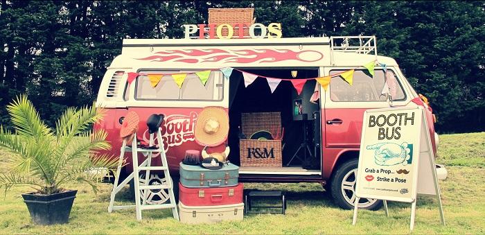 Idées photobooth mariage, camping car vintage